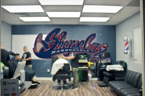 sphoto, sphotohi, sphotohawaii, hawaii. oahu, waipahu, sharpe cutz, sharp cuts, barber ken, barber shop, hair cut, photography, canon, dslr